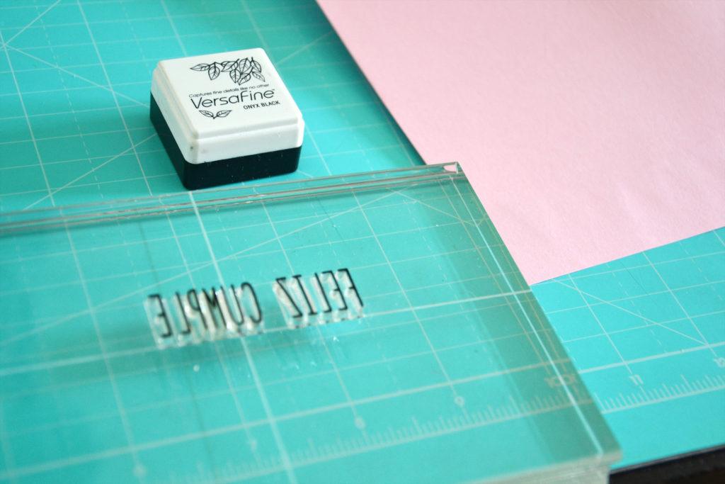 Sello abecedario y tinta